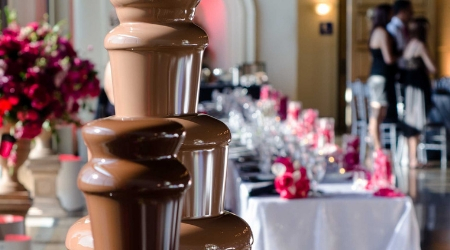 Commercial fondue fountains and chocolate fountains for chocolate fountain rental